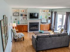 Harborview condo is beautifully decorated and just through the double doors is a huge deck that has a view of the harbor. Come stay and enjoy all Saugatuck has to offer. #bellavitavacationrentals