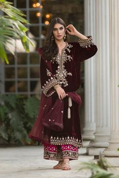 indian fashion Anarkali -- Click Visit link above for more info Pakistani Dress Design, Pakistani Outfits, Pakistani Wedding Dresses, Indian Dresses, Indian Outfits, Velvet Pakistani Dress, Latest Pakistani Fashion, Indian Attire, Indian Wear