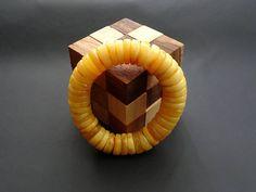 Baltic Amber Beautiful Bracelet Egg Yolk Color Weight  43 g  ET0035