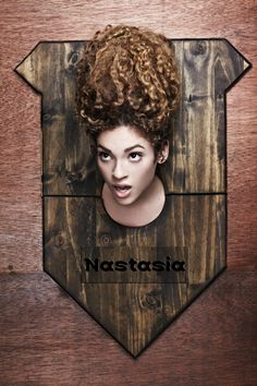 Nastasia Scott . America's Next Top Model, Cycle 19: College Edition‎ > ‎ Photo Shoot 1: Taxidermy Mounted Head Beauty Shots [HQ]