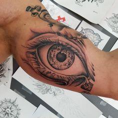 Realistic eye done by @rustemhorzum at @tattoostudio115 Bergen, Norway