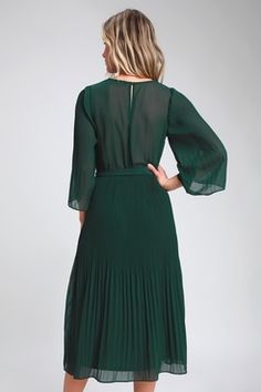 Live your very best life in the Lulus Flirty and Thriving Dark Green Pleated Midi Dress! Chic pleated midi dress with sheer kimono sleeves. Green Dress With Sleeves, Green Midi Dress, Pleated Midi Dress, Long Sleeve Midi Dress, White Dress, Forest Green Dresses, Hunter Green Dresses, Green Wedding Guest Dresses, Stylish Dresses