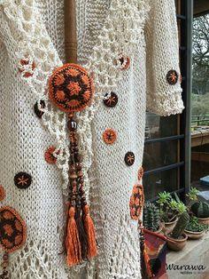 Örgü çeket Crochet Jacket, Crochet Cardigan, Love Crochet, Knit Crochet, Button Art, Crochet Fashion, Crochet Clothes, Shawl, Diy And Crafts
