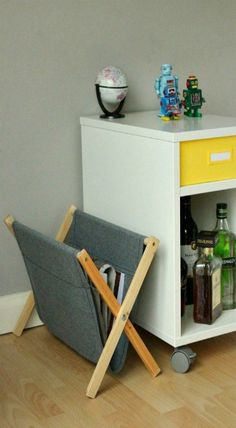 How to DIY a Simple, Rustic Folding Magazine Rack from Wood and Fabric
