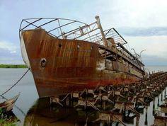 25 Eeriest Shipwrecks in the World
