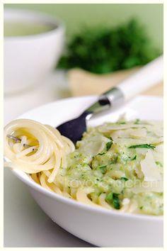 zuchinni pasta sauce