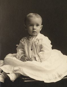 +~+~ Antique Photograph ~+~+  Sweet baby