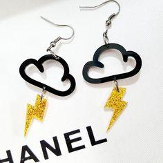 Most Wanted Acrylic Earrings - love hair & beauty Cute Jewelry, Diy Jewelry, Jewelry Gifts, Jewelery, Jewelry Accessories, Fashion Jewelry, Jewelry Making, Unique Jewelry, Funky Earrings