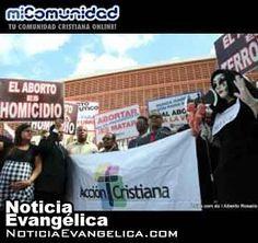 Evangélicos dominicanos se manifiestan contra el aborto frente al Congreso