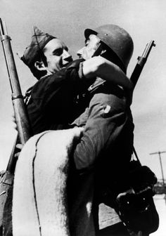 Robert Capa, Republican Soldiers, Aragon Front, August-September 1936  Courtesy Magnum
