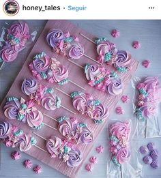Cookies meringue baking new Ideas Mermaid Birthday, Unicorn Birthday, Unicorn Party, 5th Birthday, Cupcake Cookies, Sugar Cookies, Merguine Cookies, Decoration Patisserie, No Bake Desserts