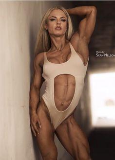 Physique Superstar Eleonora Dobrinina