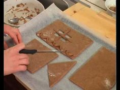 Mézeskalács-házikó készítés: sütés és építés
