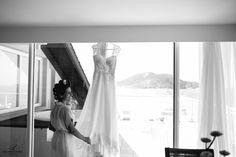 vestido; vestido de noiva; vestido noiva; vestidonoiva; dress; bride; wedding dress; weddingdress; noiva classica; noiva; noiva contemporanea; vestido princesa; vestido sereia; vestido bordado; vestido rendado; vestido dia; casamento dia; casamento praia