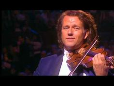 LO MEJOR DE ANDRE RIEU (The best of Andre Rieu)   This is some of the best music, in my humble opinion.