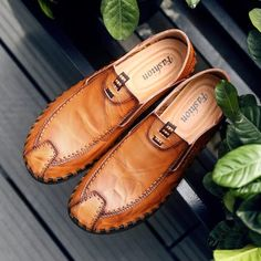 Men Hand Stitching Cap Toe Soft Sole Leather Shoes