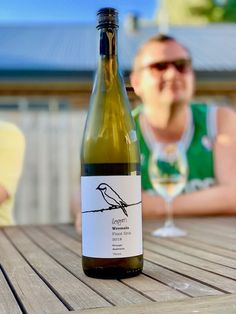 Logan Wines 2018 Weemala Pinot Gris • Travelling Corkscrew  #wine #pinotgris #wineblog Pinot Gris, Japanese Dishes, Sauvignon Blanc, Tasting Room, Greek Recipes, Wine Cellar, Grape Vines, Logan, Wines