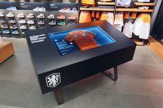 installation Nike Amsterdan: confettireclame.nl