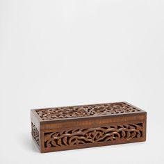 Caixa retangular madeira rendilhada