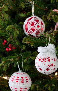 Christmas Tree Decor #redheartyarn