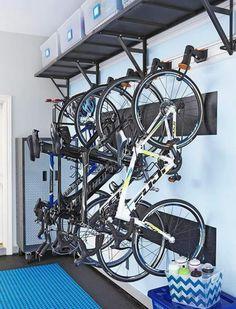 Excelente!!! Garage, ideas, man cave, workshop, organization, organize, home, house, indoor, storage, woodwork, design, tool, mechanic, auto, shelving, car.