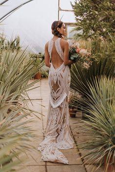 A Bold Luscious Bridal Styled Shoot with Rue De Seine Dresses Greek Wedding Dresses, Wedding Dress Backs, Festival Dress, Bridal Shoot, Boho Bride, Bridal Style, Beautiful Dresses, Golden Goddess, Chic Wedding