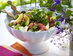 Unser beliebtes Rezept für Frischer Mozzarella-Melonen-Salat und mehr als 55.000 weitere kostenlose Rezepte auf LECKER.de.