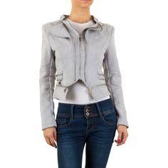 25,99 € - Stylische, kurze Kunstlederjacke im angesagten Biker-Stil. Die kurze Jacke ist mit coolen Zip-Details ausgestattet.