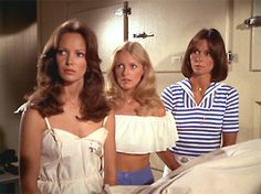 Charlie's Angels — Angels In Paradise Jaclyn Smith, Cheryl Ladd, and Kate Jackson Kate Jackson, Cheryl Ladd, Jaclyn Smith Charlie's Angels, Jacklyn Smith, Good Morning Angel, 1970s Tv Shows, Farrah Fawcett, Classic Tv, Beautiful Actresses