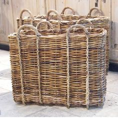 perfect to hold large bread boards and trays. Natural Weave, Basket Bag, Fibres, Basket Weaving, Wicker Baskets, Rattan, Rustic Decor, Farmhouse Style, Home Accessories