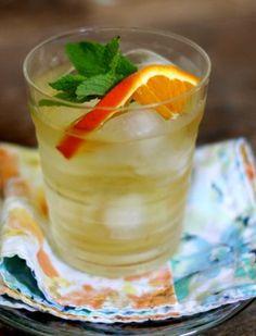 Green tea, mint, slice of tangerine: drink 6-8 cups per day?
