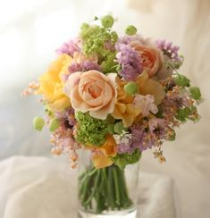 クラッチブーケ リバーシブル ラベンダーを挿し色に : 一会 ウエディングの花
