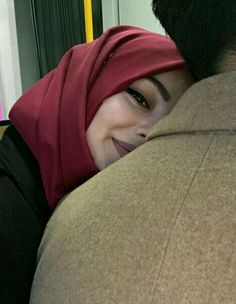 Image de hug, beauty, and couple Cute Muslim Couples, Muslim Girls, Cute Couples Goals, Romantic Couples, Muslim Women, Couple Goals, Perfect Couple, Beautiful Couple, Muslim Fashion