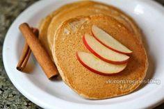 Яблочные оладьи - вкуснейший ПП-перекус или полноценный фитнес-завтрак!  Итого на 100 грамм - 145 ккал: Белки- 6 Жиры - 4Углеводы - 1