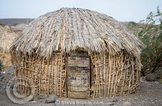 grass hut, Turkana tribe, Northern Kenya