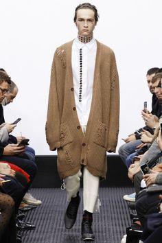 JW Anderson Fall 2016 Menswear Fashion Show Fashion Week Hommes, Mens Fashion Week, Fall Fashion Trends, Love Fashion, Fashion Show, Fashion Styles, Runway Fashion, Fall Winter 2016, Autumn Winter Fashion