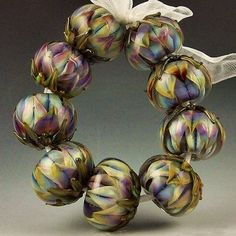 Beautiful striking color beads.