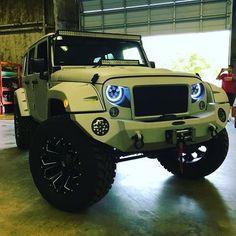 Visit the post for more. Jeep Suv, Jeep Truck, Jeep Rubicon, Jeep Wrangler Unlimited, Suv Trucks, Cool Trucks, Jeep Wrangler Hard Top, Jeep Brand, Jeep Photos