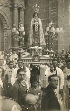 A 1930s procession in honour of Our Lady of Mount Carmel in Rubielos, Spain.