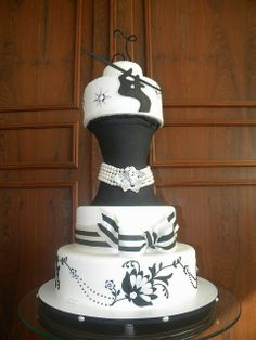kelsey I'm sorry, but I need this for my birthday.... AMAZING Audrey cake!
