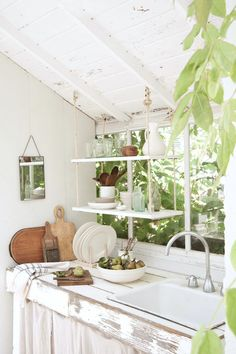 my scandinavian home: A Greenhouse Make-over With The Frame!