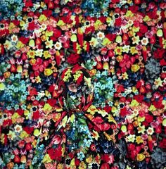 By Annie Collinge #flowers #pattern #photography