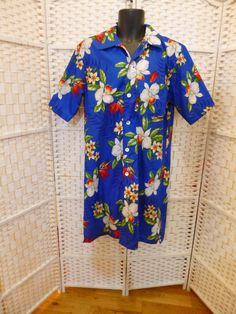 Bob Hope goes to Hawaii Nightshirt.  Oversized Man's Hawaiian by TechnicolorDreamwear, £60.00