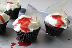 bloody broken glass cupcakes recipe :: story of a kitchen | story of a kitchen