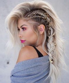 I was getting FOMO from everyone's Coachella styles so here I am showin up late ? thank you for being my OG mu… I was getting FOMO from everyone's Coachella styles so here I am showin up late ? thank you for being my OG mu… Cool Braids, Braids For Long Hair, Long Curly Hair, Curly Hair Styles, Side Braids, Cute Braided Hairstyles, Wedding Hairstyles For Long Hair, Cool Hairstyles, Hair Wedding