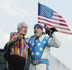 """Evel and Robbie """"Kaptain"""" Knievel, saw Robbie Knievel break another record in Ohio Robbie Knievel, Evil Kenevil, Harley Davidson Engines, Lowrider Bicycle, Davidson Bike, American Legend, Vintage Motocross, Sprint Cars, Red Jumpsuit"""