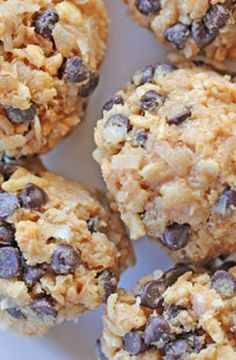 Gluten-Free No Bake Energy Bites: Gluten free rice krispies, peanut butter, honey, cinnamon, coconut, and mini chocolate chips