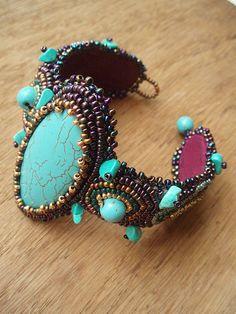 Ukrashenya-turcuoise bracelet