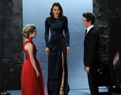 Samantha Barks  http://www.dailymail.co.uk/tvshowbiz/article-2284120/Oscars-2013-Hugh-Jackman-Russell-Crowe-lead-Les-Miserables-Oscars-medley.html#