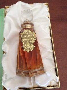 Etsy Flirt by Ed. Geek Birthday, Bottle Cutting, Beautiful Perfume, Best Perfume, Perfume Collection, Vintage Perfume Bottles, Liquor Bottles, Cut Glass, Flirting